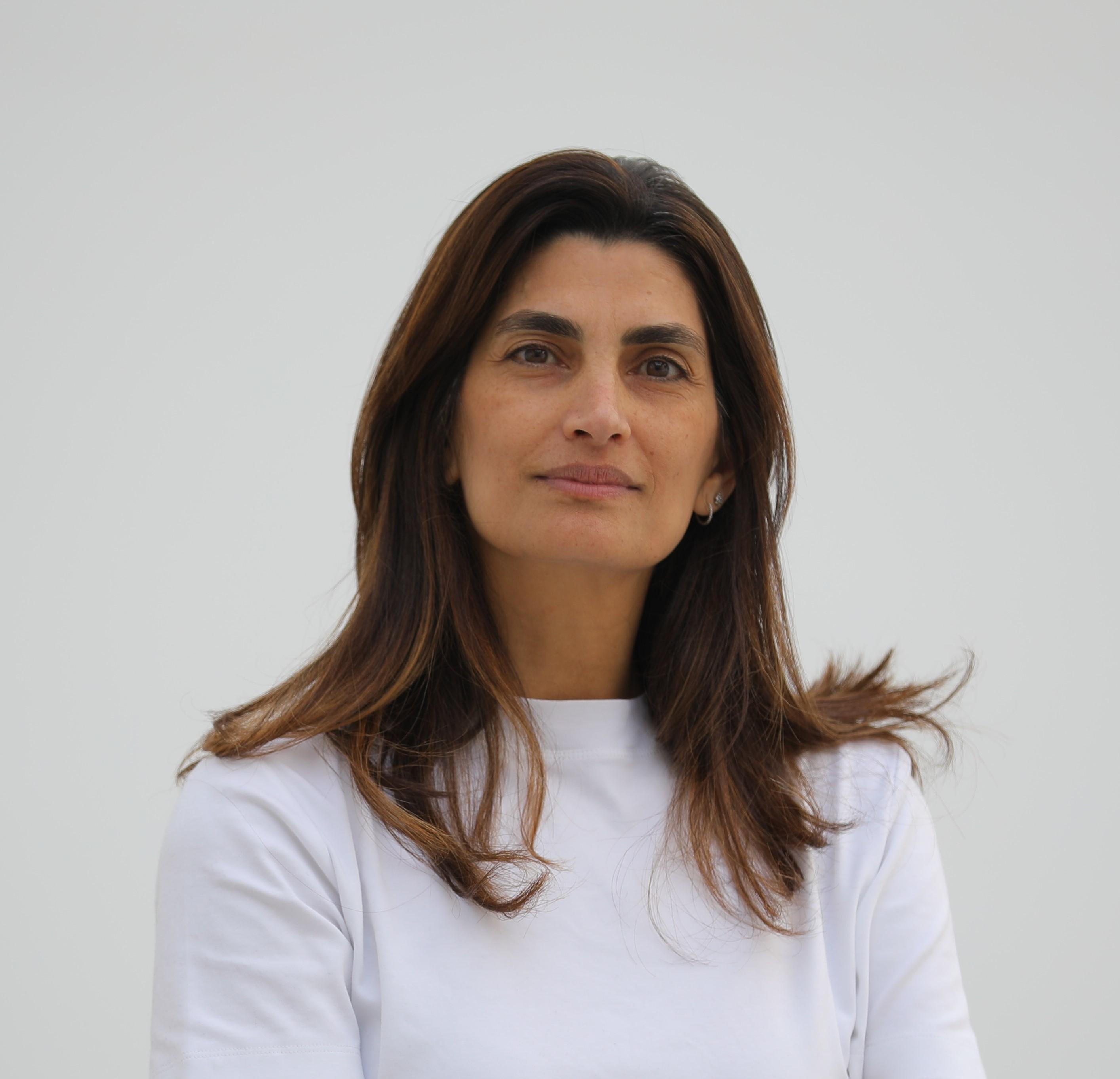 Maya El Khalil Photo4