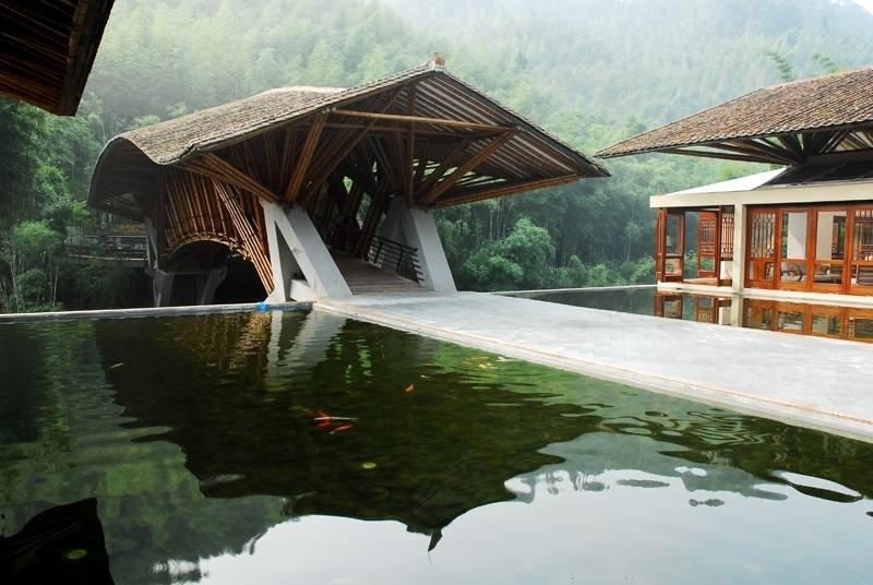 Simon Velez  Hotel In Cina